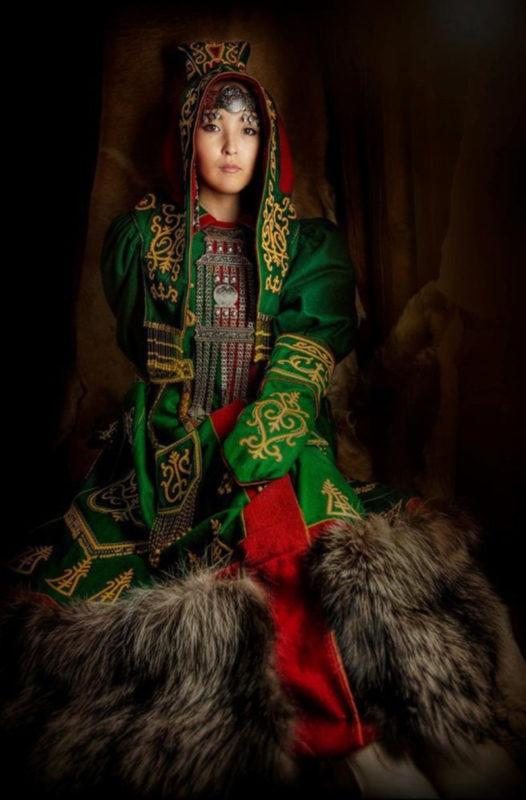 Phụ Nữ Các Dân Tộc Nga 3
