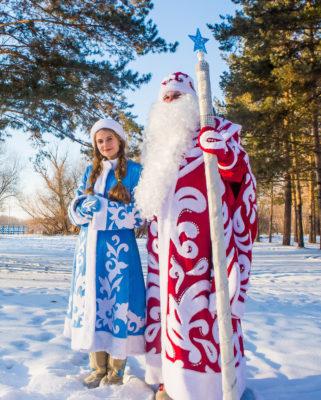 Ông già Noel và công chúa tuyết
